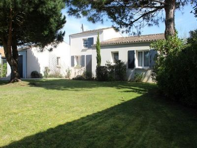 Photo for House Saint-Georges-d'Oléron, 4 rooms, 6 persons