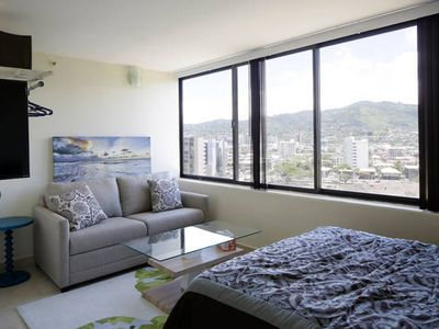 Photo for Heart of Waikiki great for couples and friends