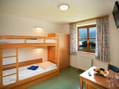 Photo for Double room with shower, toilet, non-smoking - YOUNG HOTEL ZELL AM SEE