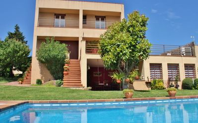 Photo for Holiday Villa with pool, free wifi and parking in Canovelles, Costa Barcelona - CM432