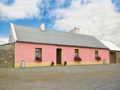 Photo for THE BRAMBLES FARM COTTAGE in Farranfore, County Kerry, Ref 22443
