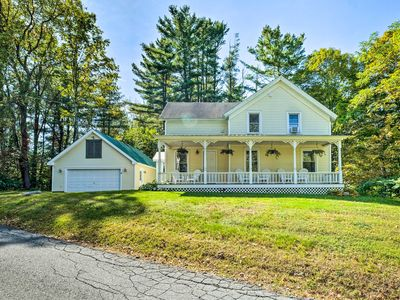 Photo for Beautiful Home w/ Deck, 10 Min to Lake George!