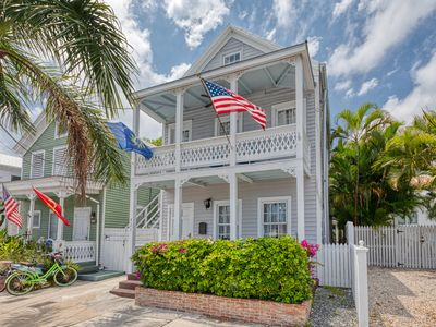 "Photo for ""SOUTHERNMOST COMFORT"" ~ 3 Story Conch Home near the Southernmost Point!"