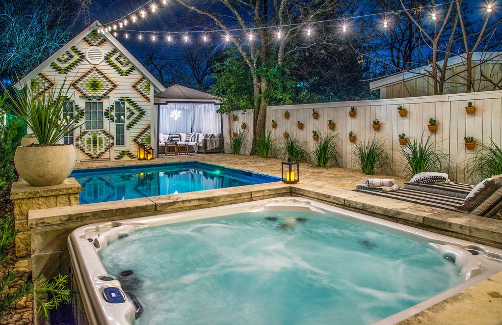 3 Bedroom Pool Oasis Steps From Trendy Sout Homeaway