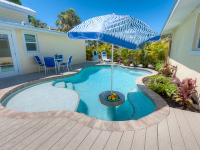 Photo for Coconut Cottage Unit 3: 2 BR / 2 BA  in Holmes Beach, Sleeps 4