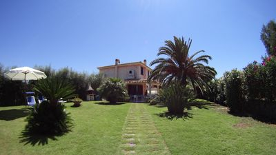 Photo for 4BR Villa Vacation Rental in Pula