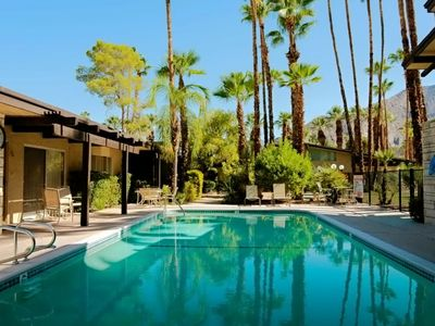 Photo for Palm Springs Bungalow - 1 Bedroom Walking Distance to Downtown!