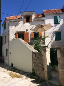 Photo for Contemporary Dalmatian stone house close to beach in Sutivan Village on Brac