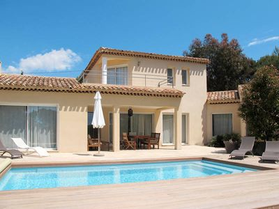 Photo for Vacation home in Saint Cyr - sur - Mer, Côte d'Azur - 6 persons, 3 bedrooms