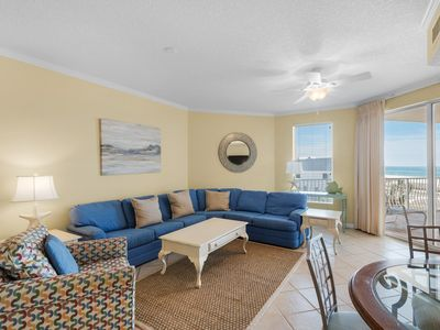 Photo for Charming 3rd Floor Condo! Sauna, Fitness Center, Pool, Tennis Courts, and Meeting Space!
