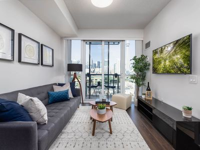 Photo for Modern Paradise - 1 BDRM + Sofabed + Easy Parking