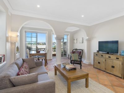 Photo for Spacious Apartment with Bondi Beach Views