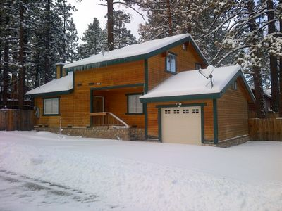 Big Bear Lake Retreat, close to everything!