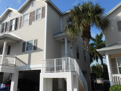 Beautiful 2 Bedroom home at the quiet end of Key West