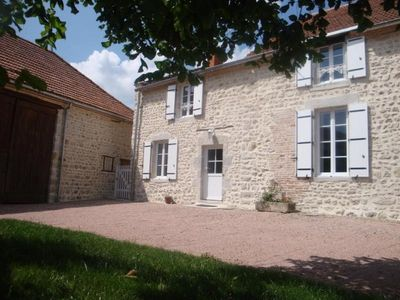 Photo for Gite Saint-Priest-d'Andelot, 3 bedrooms, 6 persons