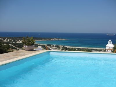 Photo for Kamari: Greek Paradise with private pool & Jacuzzi