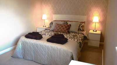 Photo for Mulberry Glasgow Airport 2 Bed Apartment