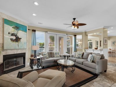 Photo for Pet-Friendly, Beach Service Included Seasonally, Located at Dunes of Destin