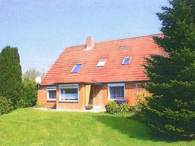 Photo for Holiday apartment Otterndorf for 8 persons with 4 bedrooms - Holiday apartment in a two family house
