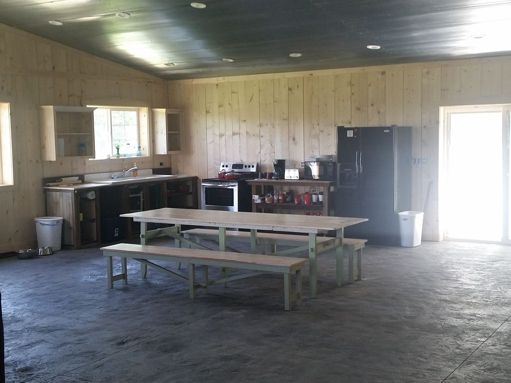 Pike County IL Secluded Hunting Cabin