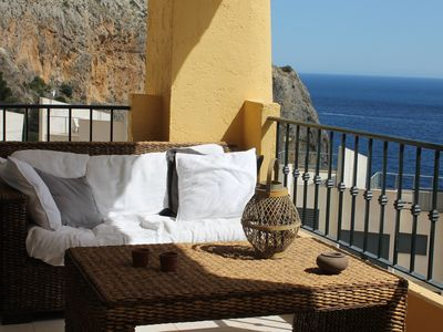 Photo for Sunny apartment with beautiful sea views