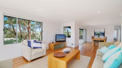 Photo for Patanga - Enjoy the sea views, the sound of surf and a stroll to the beach