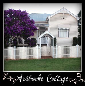 Photo for Ashbrooke Cottage - Luxury Cottage