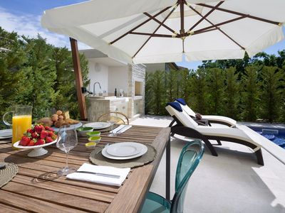 Photo for Magic Villa Medea with private pool, pets welcome, next to Porec