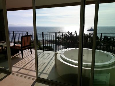 Photo for Luxurious 2 bed 2 bath Ocean Front Condo