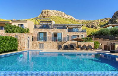 Photo for Luxury 5 bed villa, private pool, sea views, 300m to Pine Walk,Wi-Fi