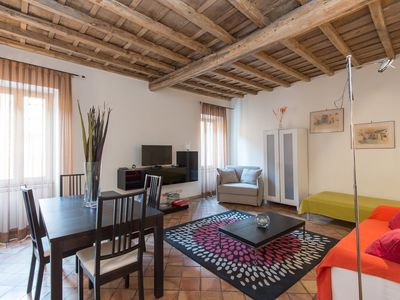 Photo for Apartment in the center of Rome with Internet, Air conditioning, Lift, Washing machine (441905)
