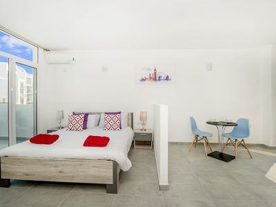 Photo for Penthouse, Studio-apt, Terrace with Valletta View.