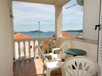 Photo for One bedroom apartment with terrace and sea view Tisno, Murter (A-5086-a)
