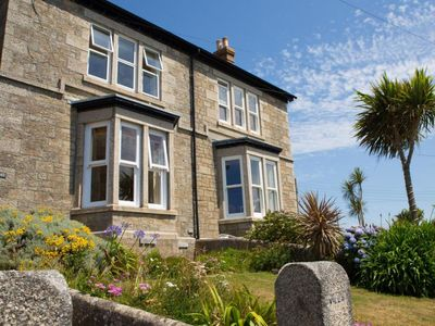 Photo for 4BR House Vacation Rental in Porthleven