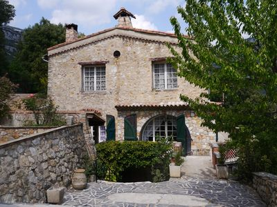 Photo for Beautiful Provencal farmhouse nestled in the mountains