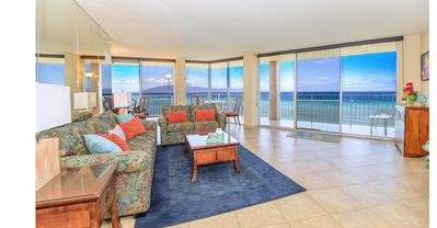 "Photo for Spectacular 270 Deg. Oceanfront Corner Views! 40"" Wraparound Lanai!"