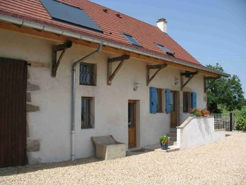 Newly Renovated Luxury Rural Gite with Heated Pool and Stunning Views