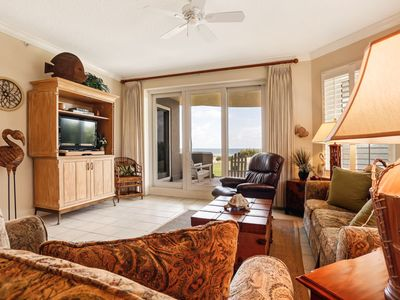 Ground floor 3 bed/3 Bath Oceanfront condo sleeps 7- Gated community, pools & tennis, linens