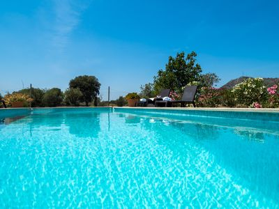 Photo for Charming rustic villa, pool and wifi. Ideal cyclists. Special offer