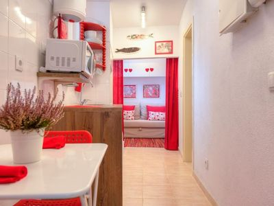Photo for Studio apartment 23 m from the center of Lisbon with Internet, Washing machine (444441)
