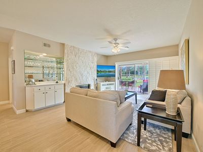 Photo for Bright and Comfortable East Facing Condo With Gorgeous Views
