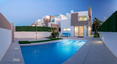 Photo for Individual air-conditioned villa with private pool 3 bedrooms 2 bathrooms