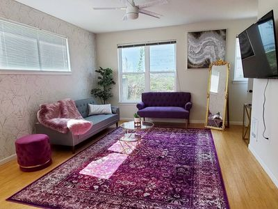 Photo for Luxe-Glam Apt | Spacious 2BD in Central PDX