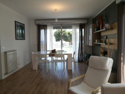 Photo for BRIGHT APARTMENT ON THE SEA