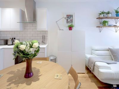 Photo for Luxury 2 Bed 2 Bath Flat Fulham, Central London