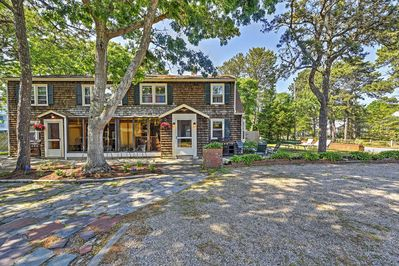 Welcome to this alluring South Yarmouth vacation rental Townhome!