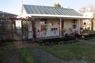 Historic 3 bedroom Miners Cottage