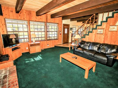 Photo for Country house 921 m from the center of Big Bear Lake with Parking, Internet, Washing machine (983708)
