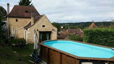 Photo for Country house with pool in the quiet