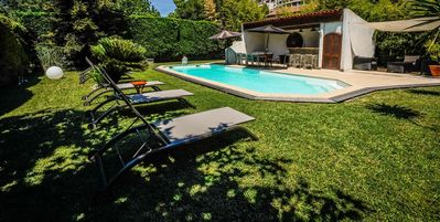 Photo for Quiet Provencal villa with pool and pool house ...